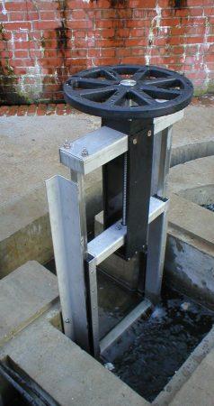 KOS Weir penstock
