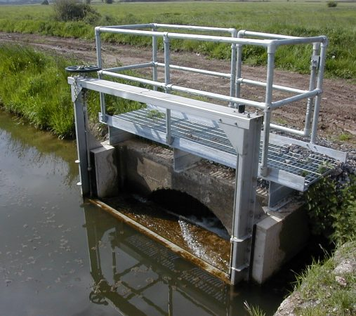 Curry Moor- KOS Weir penstock