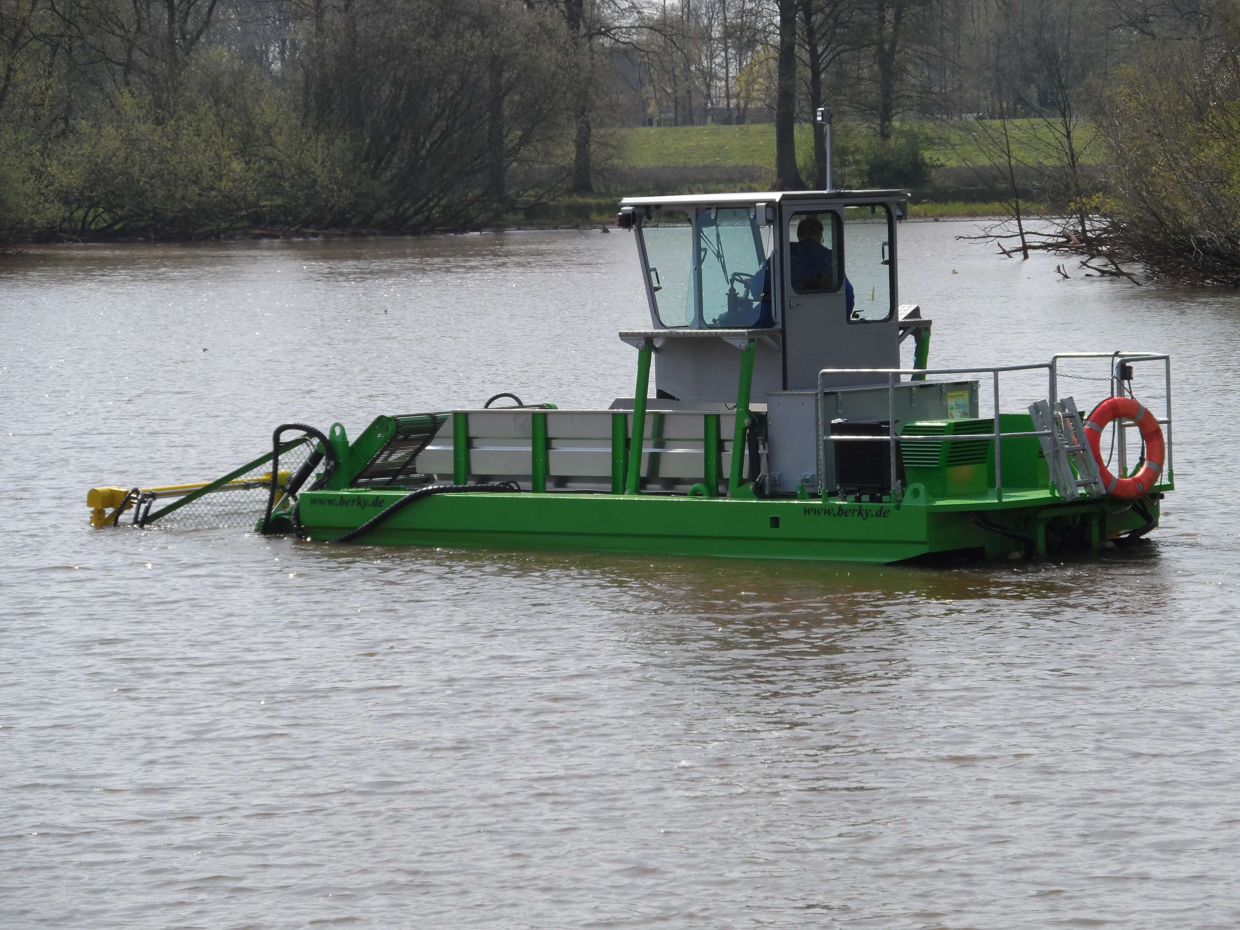 Weed Harvesters | Aquatic Control Engineering