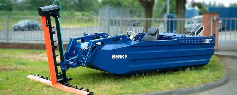 Berky Weed Boat